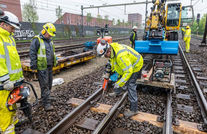 Werkzaamheden aan spoor tussen Amersfoort en Apeldoorn