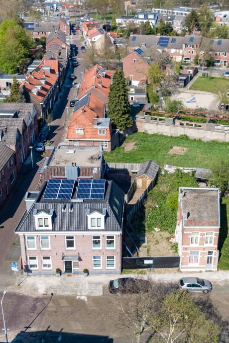 Er liggen plannen voor dit braakliggende terrein in Zwolle, maar komt het daarmee echt goed?