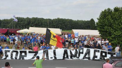 Supporters pakken op BK opnieuw uit met fandorp 'Forza Lampaertland'