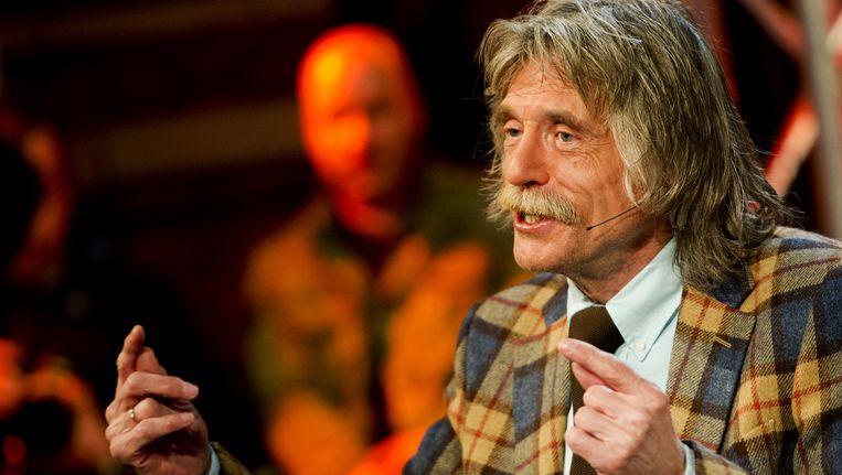 Peter de Waard vraagt zich af wanneer Johan Derksen een keer wordt weggekocht door het grote oliegeld. Beeld null