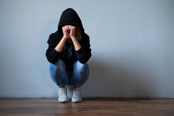 Het meisje had psychische hulp nodig na de feiten en kan niet naar school gaan, getuigde haar moeder in de rechtbank. (Illustratiefoto)