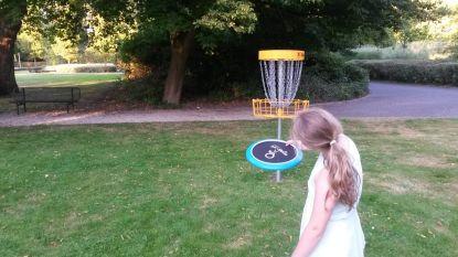Rumst lanceert nieuwe sport 'discgolf' in gemeentelijk park