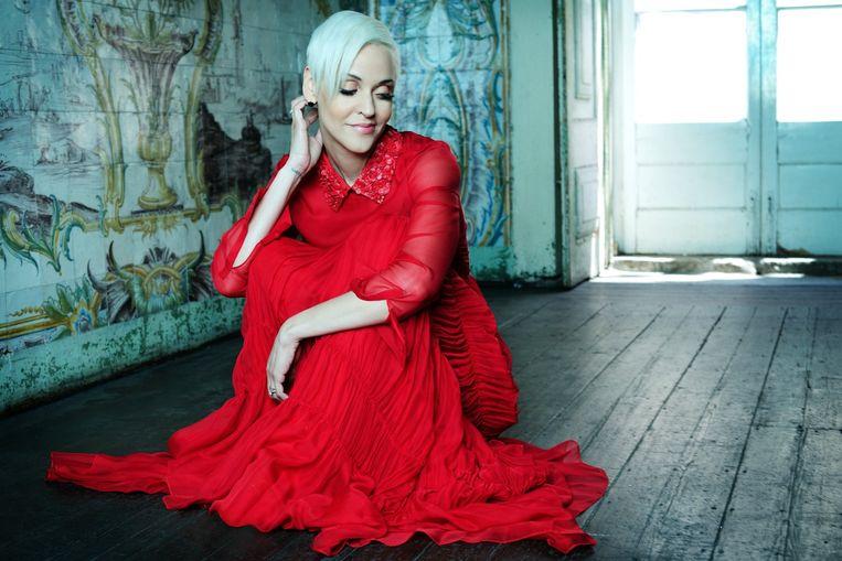 Fadozangeres Mariza Reis Nunes zingt, voor de enige keer dit jaar in Nederland, melancholische Portugese muziek in het concertgebouw. Beeld Carlos Ramos