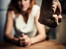 Une femme condamnée à 10 ans de prison pour la mort de son conjoint violent