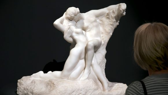 'L'Eternal Printemps' van Auguste Rodin.