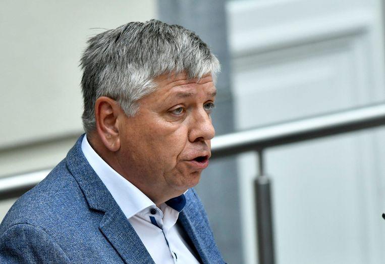 Minister Jo Vandeurzen bekijkt of een onderzoek kan worden geopend.