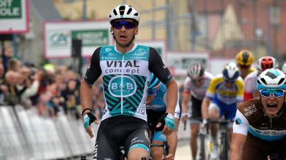 Ondanks valpartij boekt Evenepoel zijn eerste eindzege in rittenkoers, slotrit Baloise Belgium Tour is voor Coquard