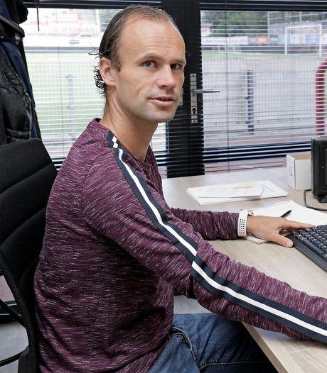 Fleuren gaat bij TOP Oss zo van veld naar kantoor: 'Met elf spelers zoals ik win je geen wedstrijden'