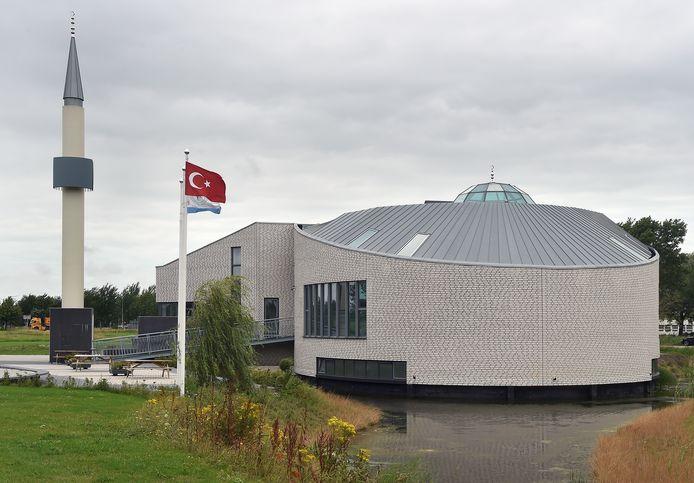De Yildirim Beyazit Moskee in Middelburg.