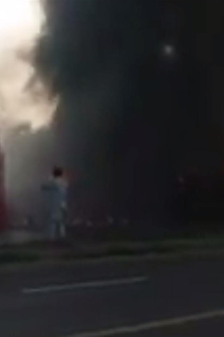 Bijna 150 doden door brandende tankwagen Pakistan