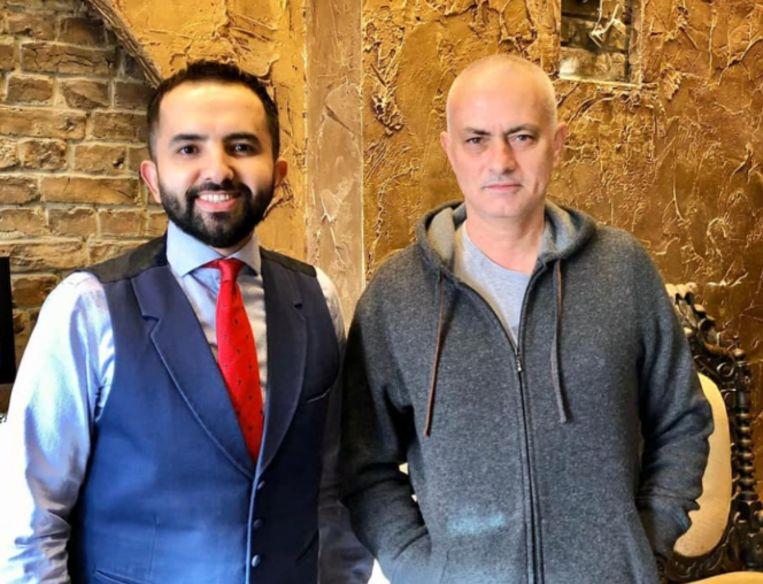 De kapper met Mourinho.