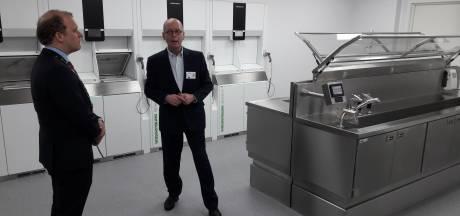 Modern afwassen, drogen, controleren en stomen in Winterswijks ziekenhuis