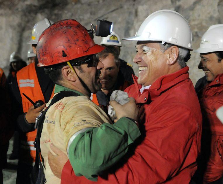 Het duurde 69 dagen voor de mijnwerkers uit hun benarde situatie bevrijd werden. Het was de langste periode die een mens ooit onder de grond doorbracht.