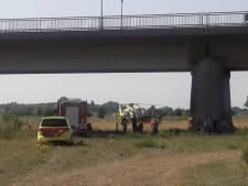Meisje dat vanaf spoorbrug op rotsen in Deventer IJssel sprong is 15-jarige uit Lochem