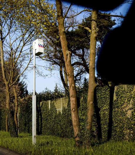 OM haalt flitspalen in dorpen Korendijk weg