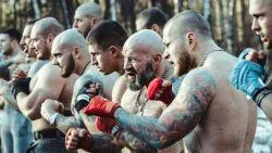 Heeft Poetin Russische neonazihooligans onder controle voor WK?