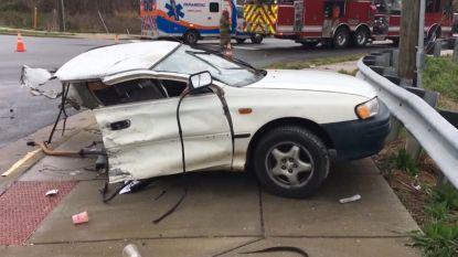 Straf: auto in twee gereden door SUV
