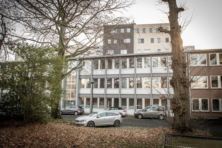 Deze gebouwen gaan straks tegen de vlakte. Renoveren en uitbreiden was geen optie.