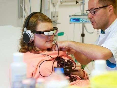 Videobril helpt kinderen bij angst en pijn in ziekenhuis Bernhoven