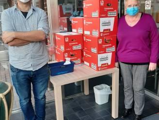 Kruisem Verlicht trekt met frangipanes en madeleintjes naar rusthuizen in Zingem en Kruishoutem
