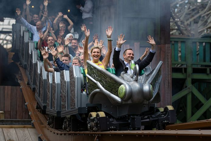 Heropening van pretpark Walibi Holland in mei. Links directeur Mascha van Till