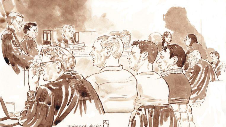 Rechtbanktekening van het zogeheten Andesproces tijdens de inhoudelijke behandeling van de zaak in de rechtbank van Haarlem. VLNR achtergrond: Koos Plooij (OvJ) Willem Bos (OvJ), rechter G. de Jong, voorzitter mv. Daalmeijer, rechter J. Van den Bos. VLNR voorgrond: advocaat Nico Meijering, Dick V., Danny K, Willem Holleeder, advocaten Stijn Franken, Inez Weski en Jan-Hein Kuijpers. Beeld anp