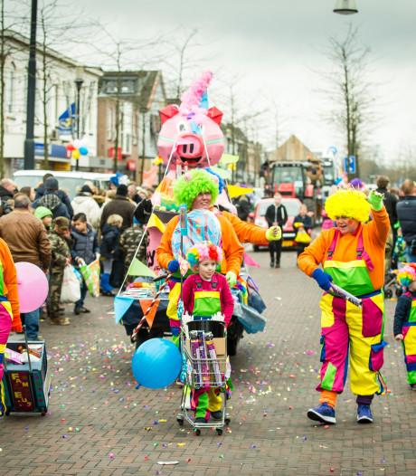 Carnavalsoptocht voor 43e keer door Glanerbrug