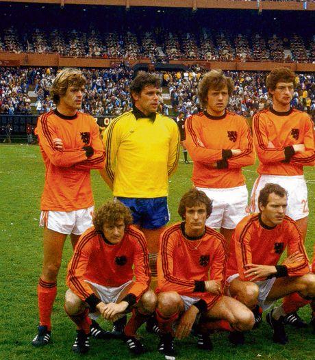 Rep droeg shirt van Maradona jarenlang, tot het uit zijn tas werd gejat: 'Jammer wel, hoeveel zal het waard zijn?'