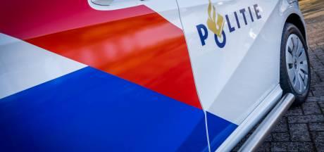 Omstander pakt vuurwapen af bij overval in Nieuw-West