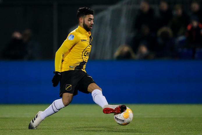 Paolo Fernandes in actie tegen PEC Zwolle dit seizoen.
