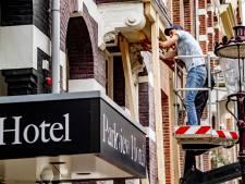 Hoteleigenaresse na twee aanslagen: 'Ik word afgeperst'