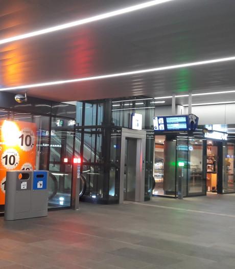 Kapperszaak station Tilburg was geen lang leven beschoren: 'Poortjes vormden barrière'