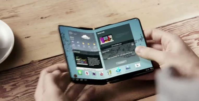 IndVideos maakte in 2013 al een conceptvideo van een vouwbare telefoon.