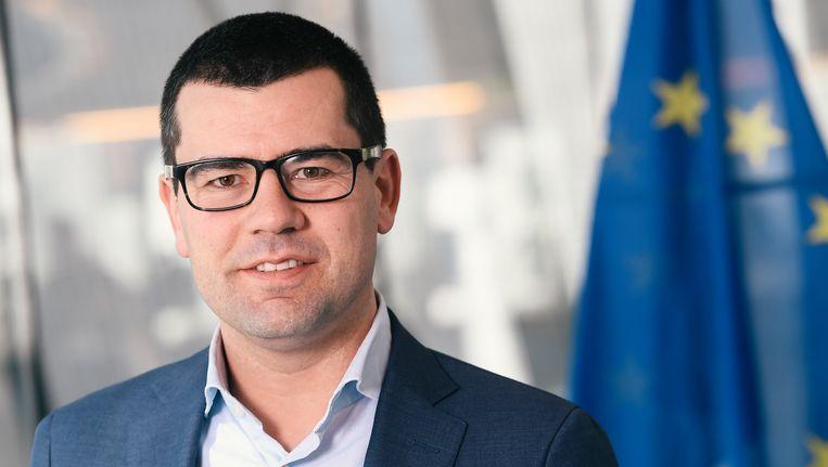 Sander Loones (38) is sinds december 2014 ondervoorzitter van N-VA. Ook zetelt hij in het Europees Parlement.