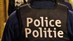 Buren slaan alarm om doordringende geur, politie ontdekt dat zoon al maand naast overleden moeder leeft