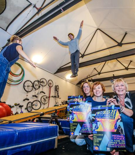 """Circusatelier Woesh wil nieuw dak: """"Trampolinespringen of jongleren bijna onmogelijk"""""""