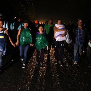 Migrantenkaravaan vertrekt naar VS, ondanks dreigementen van Hondurese regering