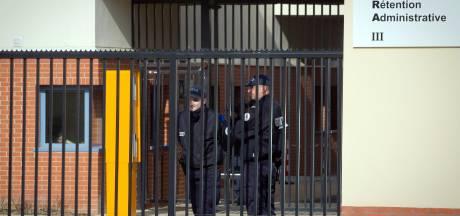 'Uitzetcentra in Frankrijk lijken wel gevangenissen'
