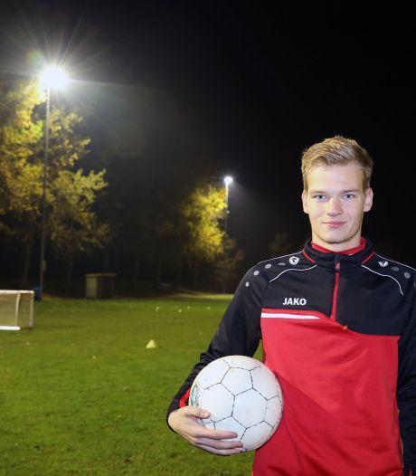Zaamslag-voetballer Hoogstraate scheurt kruisband af