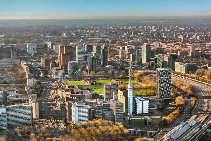 2016-11-29 15:13:20 AMSTERDAM - Luchtfoto met overzicht van kantoorpanden op de Zuidas in Amsterdam Zuid. ANP JOHN GUNDLACH