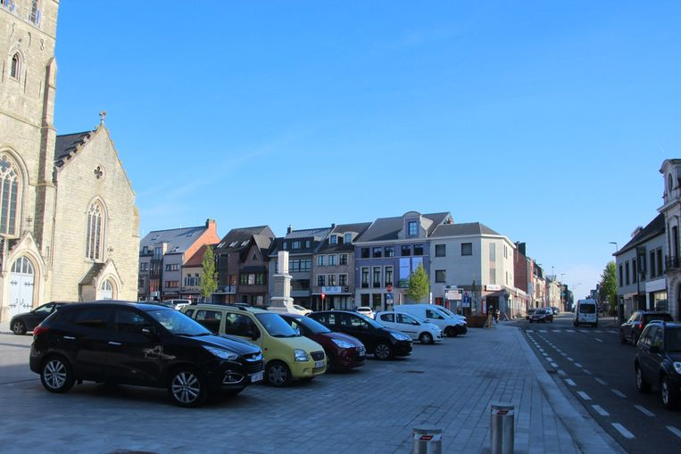 Boetevrij langer dan twee uur op het achterste deel van het marktplein parkeren wordt binnenkort onmogelijk.
