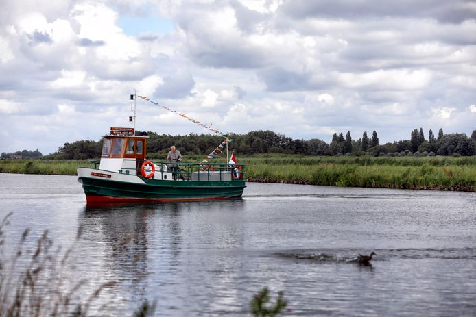 Pontje de Kwakel tussen de Broekpolder en de Kwakelweg Maasland is weer in bedrijf