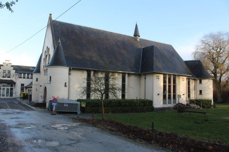 JC Castelhof is een van de fuiflocaties in Dilbeek. Volgens de jeugdraad is de zaal te klein voor grote evenementen.