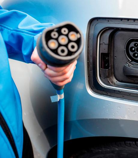 Verouderd elektriciteitsnet in België maakt van het opladen van elektrische auto's een avontuur