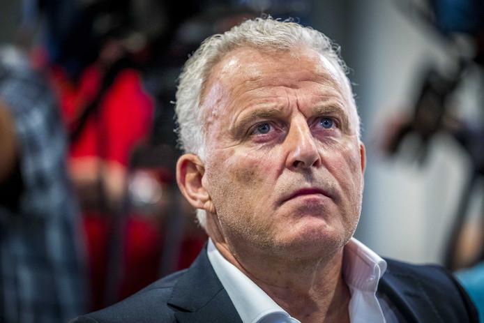 Peter R. de Vries.