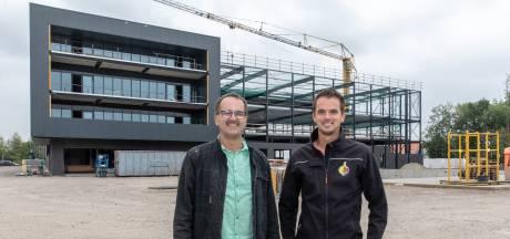 Uiensector wil failliete machinefabriek Emmeloord redden