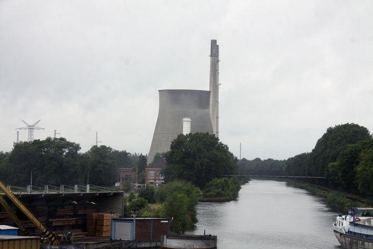 De twee torens van 125 m hoog worden donderdag met dynamiet opgeblazen.