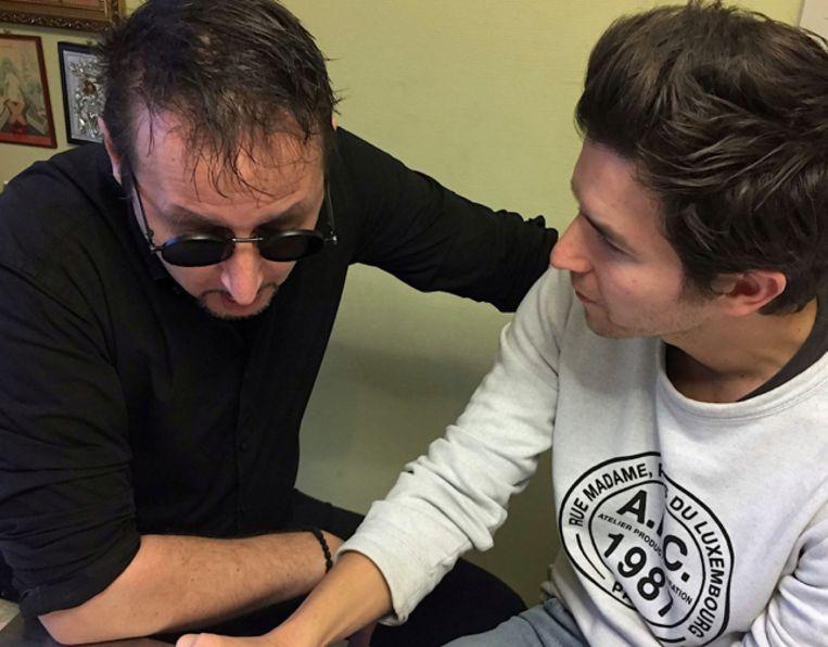 Dennis Black Magic en Matteo Simoni nemen het script door.