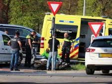 Scooterrijder gewond bij aanrijding in De Lutte