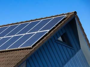 Photovoltaïque: l'entrée en vigueur du tarif prosumer ne sera pas reportée